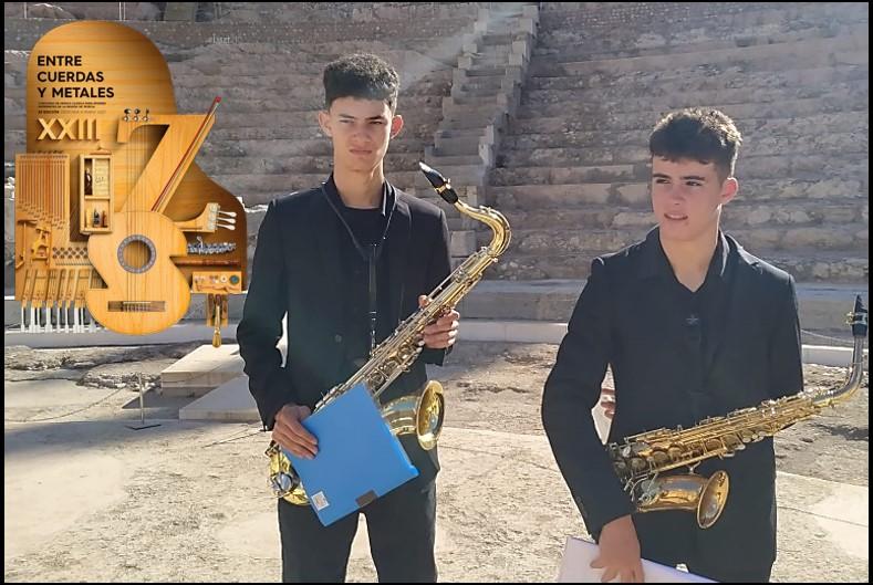 Adrian y Daniel